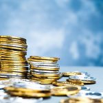 SBI証券のユーザーは住信SBIネット銀行の外貨積立を使うことで米ドルを安く手に入れられる